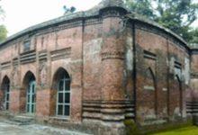 Photo of দেশের অন্যতম দর্শনীয় স্থান দক্ষিণাঞ্চলের ৯'শ বছরের পুরনো মসজিদকুঁড় মসজিদ