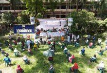 রেশনিং পদ্ধতিতে এক হাজার অসহায় মানুষকে ঈদ উপহার দিল যুবলীগ
